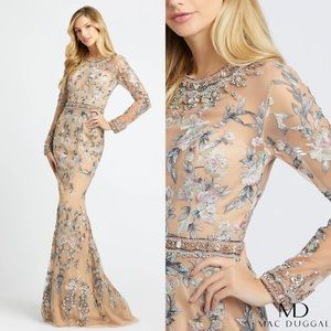 NWT Mac Duggal 79222D Beaded Embroidered Gown